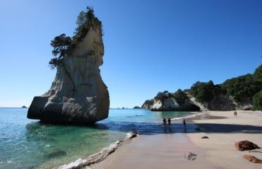 Best-beaches-in-New-Zealand